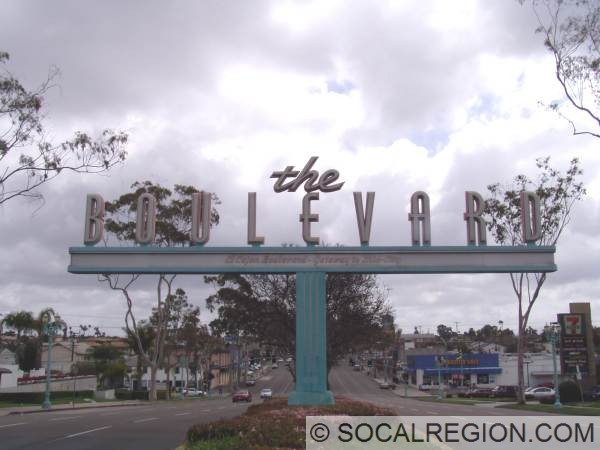 the-boulevard-sign