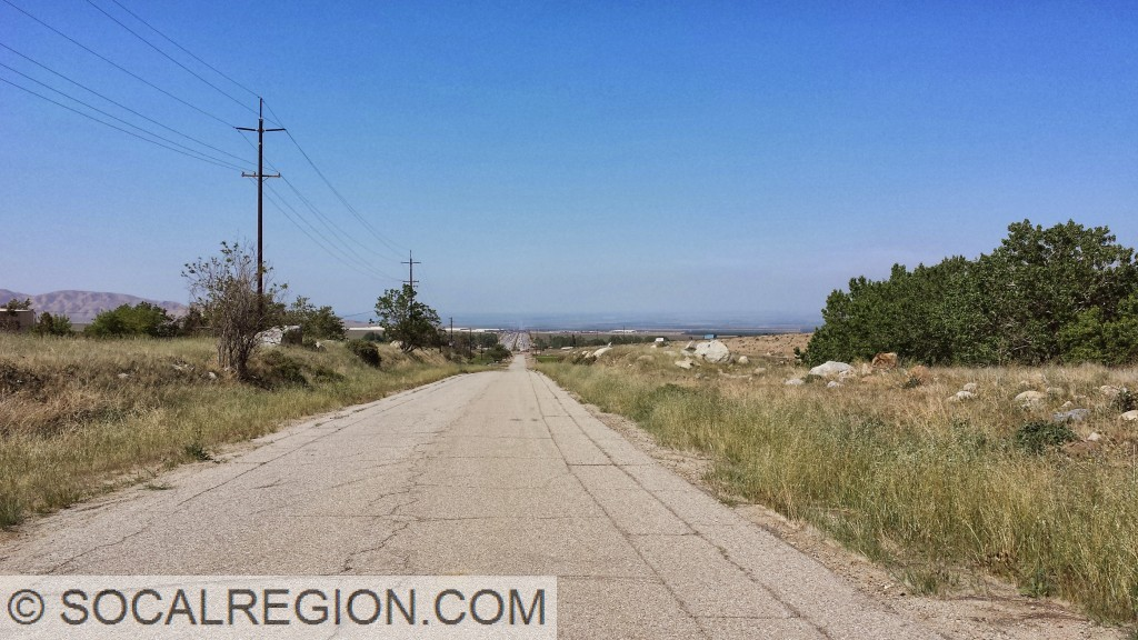 Looking north from the original Grapevine Grade towards I-5.