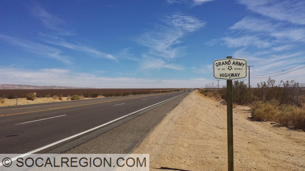 SR-14 just north of Mojave. This is the first Grand Army sign since Palmdale.