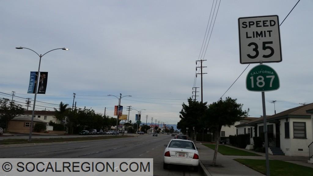Signage eastbound near Sepulveda Blvd