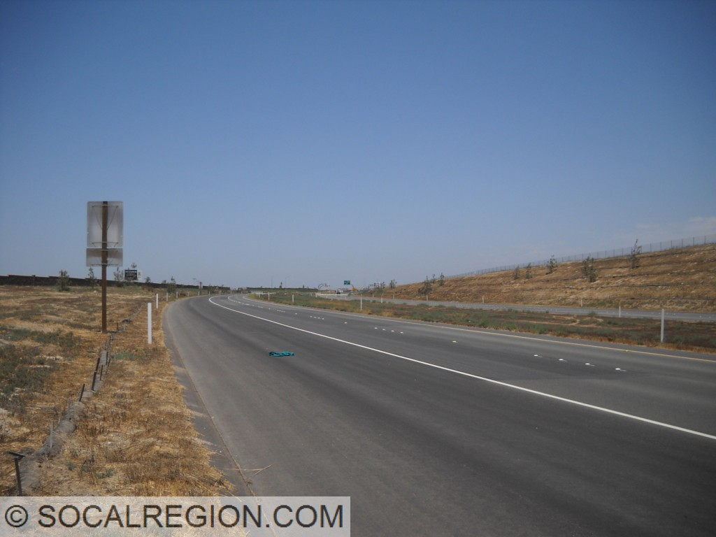 Rather empty section of the 125 south of Birch Road.