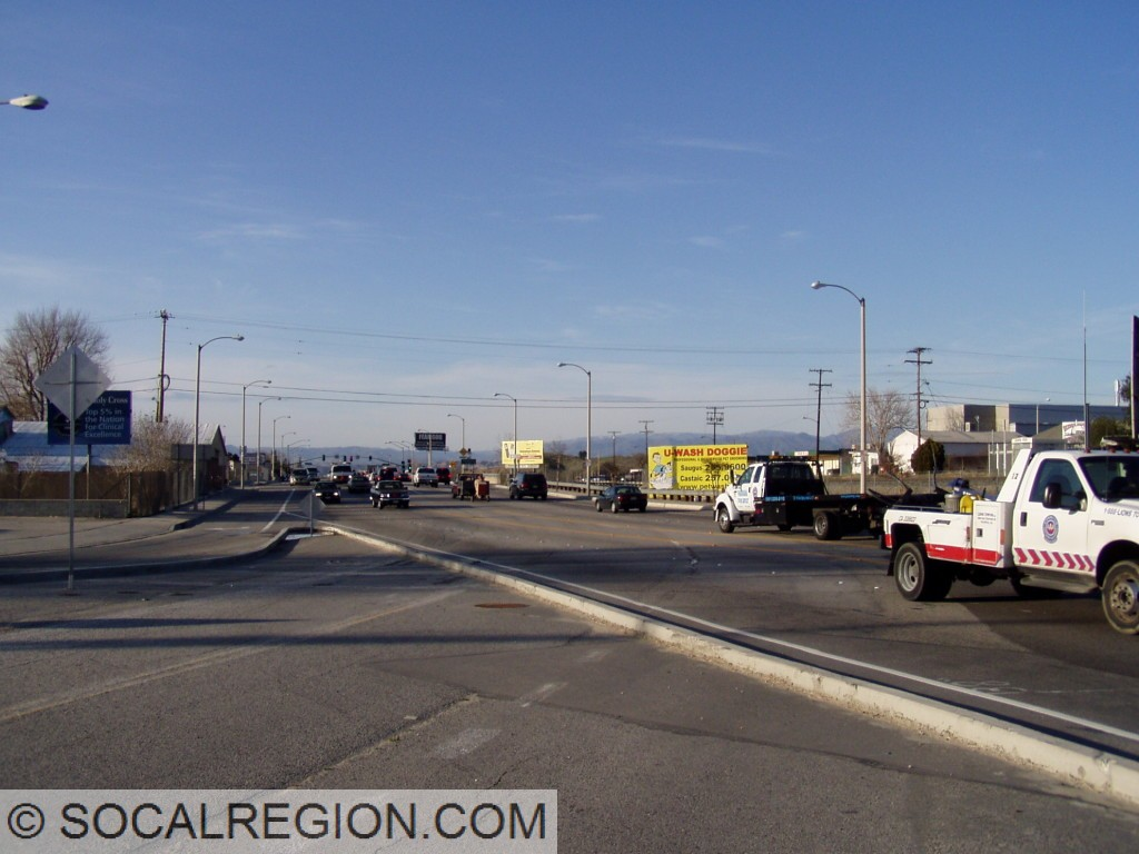 San Fernando Road and Railroad Avenue with former San Fernando Road in the foreground. Note the old striping.