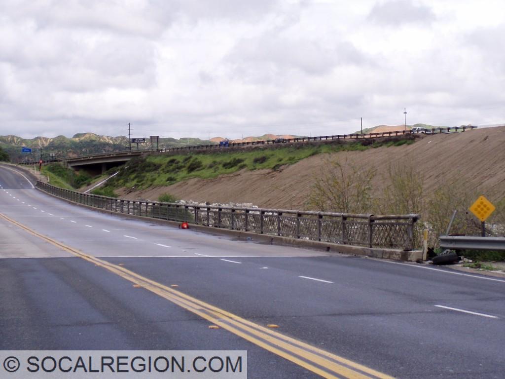 Original 1928 railing on the eastern side of the bridge.