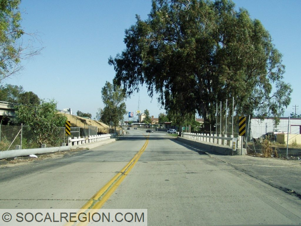 South view of the 1948 Beardsley Canal Bridge (50-0050L)