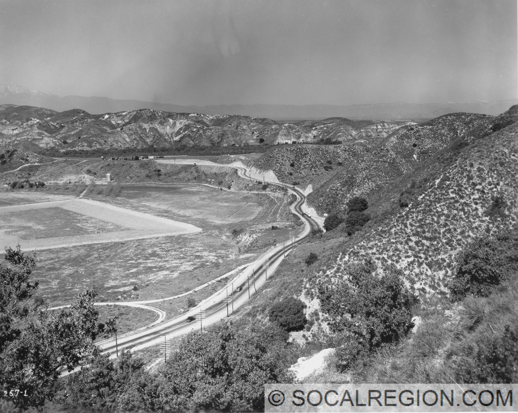 Santa Ana Canyon in 1936. This is just west of current SR-241. Looking east.