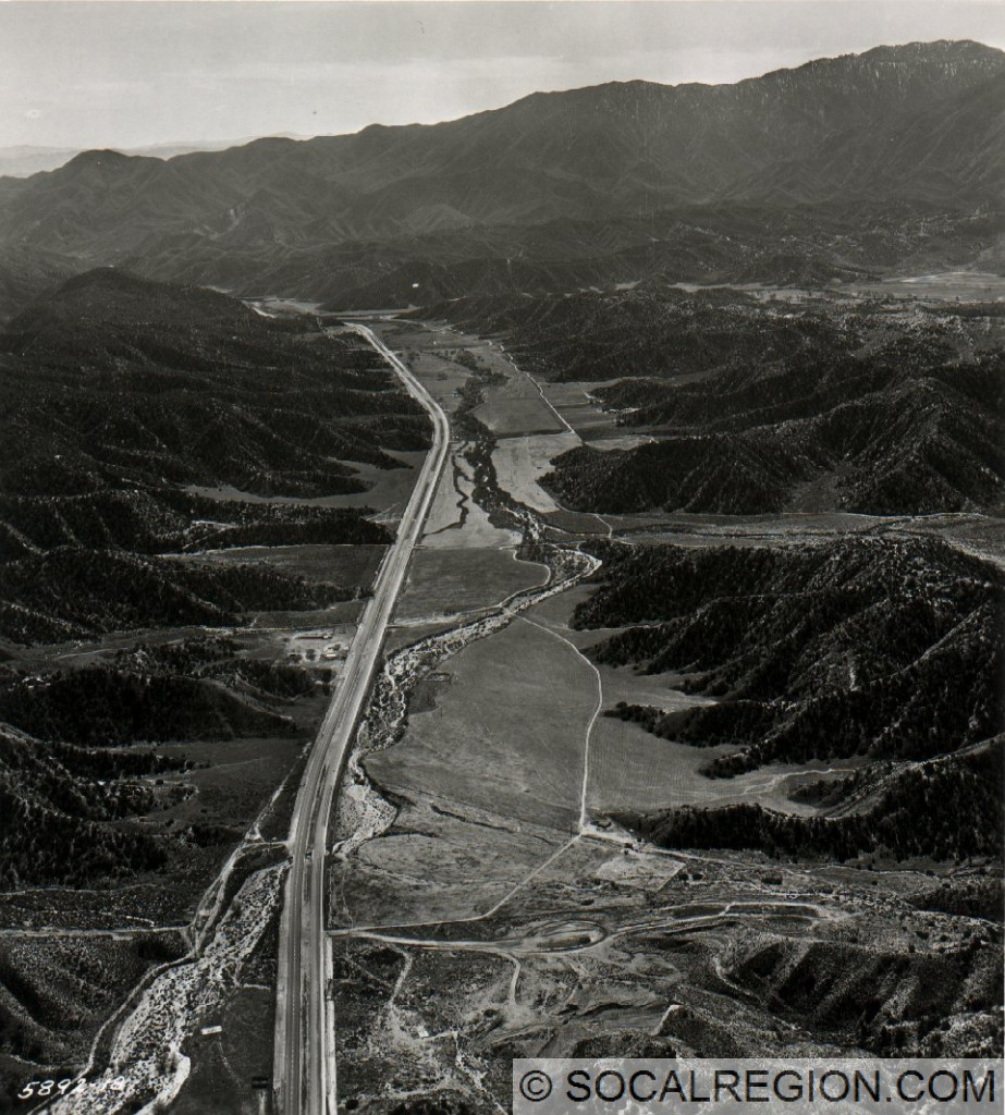 Los Alamos Canyon and Gorman Creek in 1958, looking south from the current State 138 interchange.