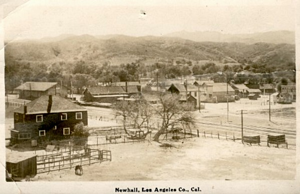 1916 view of Newhall. The Southern Pacific railroad depot is visble near the center, at Railroad Ave and Market St.