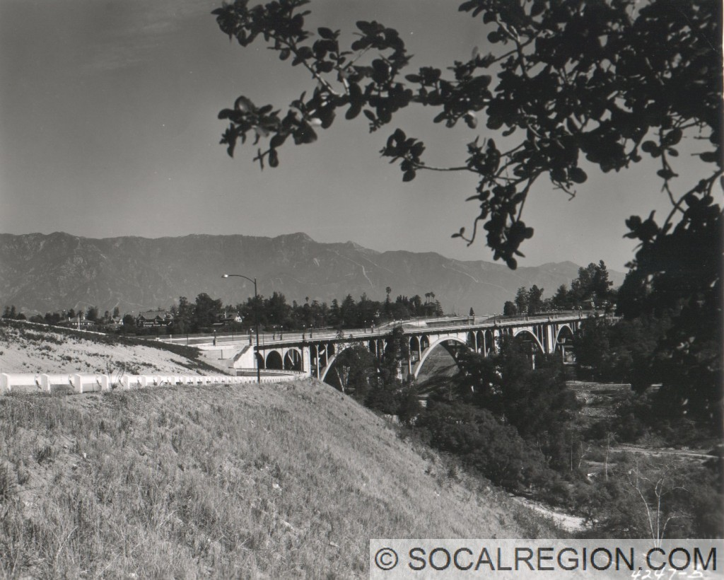 1955 view looking easterly toward the Arroyo Seco Bridge.