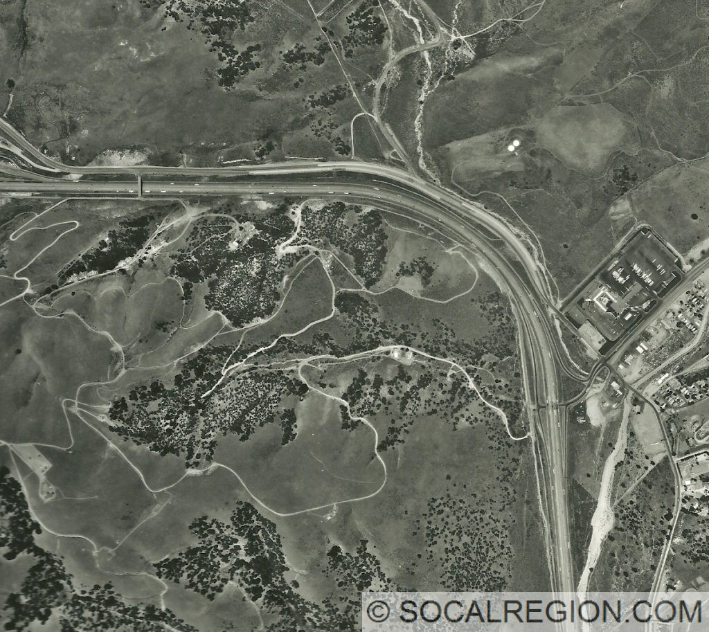 1999 Aerial photo showing Tejon Pass and US 99 from the summit to Frazier Mountain Park Road.