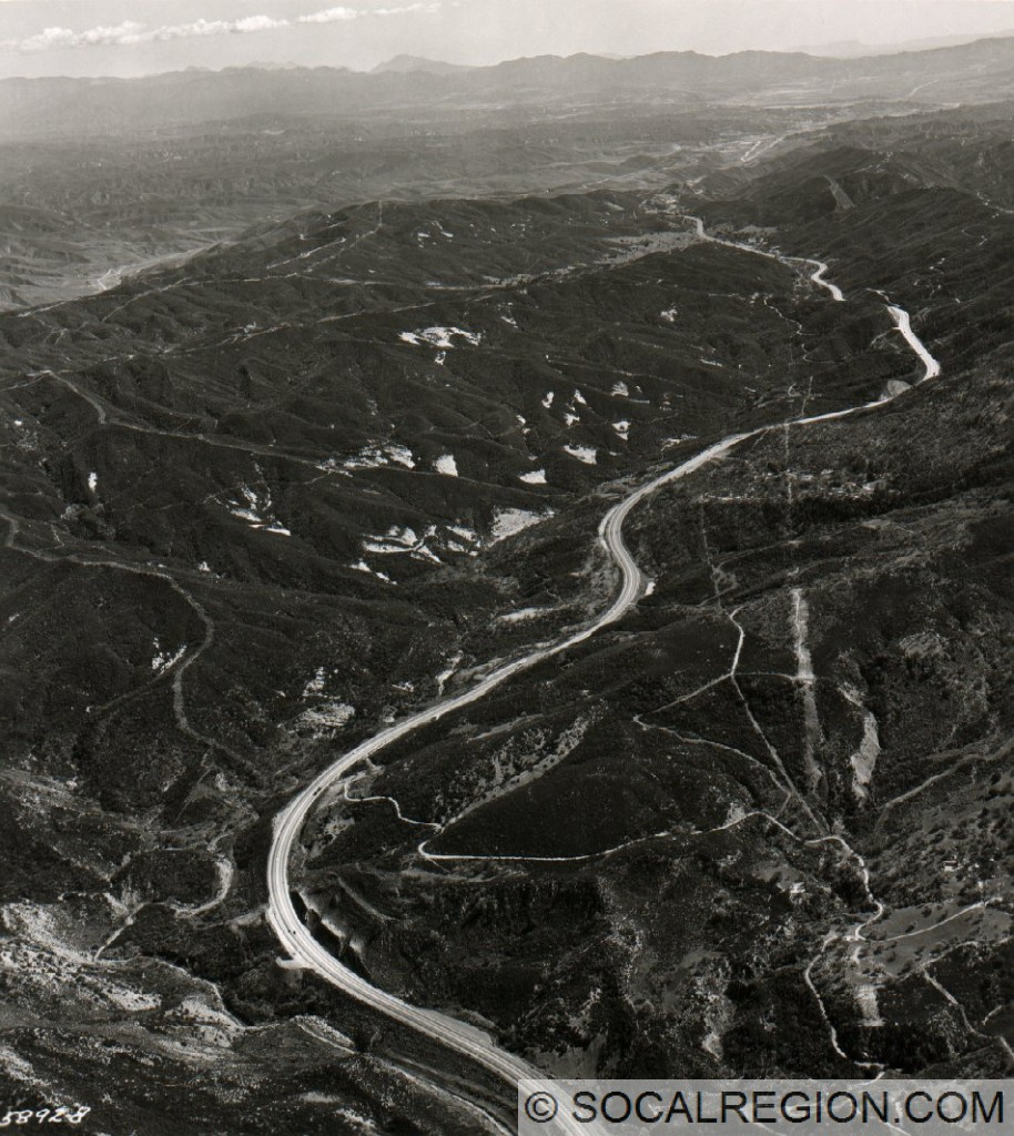 Three Mile Grade in 1958, looking south toward Castaic above Piru Gorge.