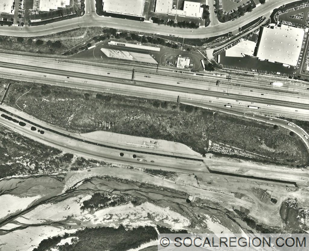 Weigh stations along I-5 and US 99. Lower road is US 99 with the Santa Clara River at the bottom of the image.